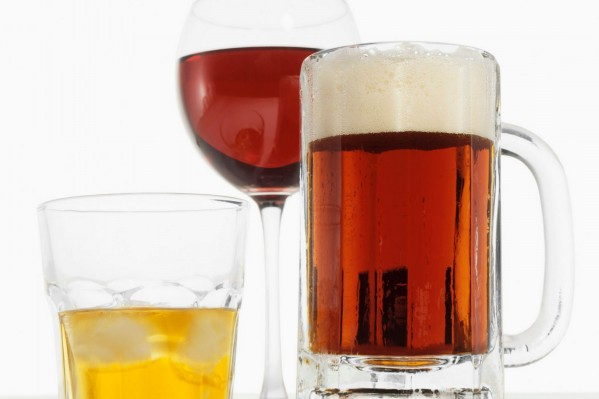 Alcohol_can_increase_risk_of_cancer.jpg